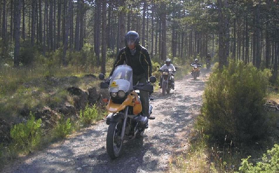 Escursioni in moto su strada