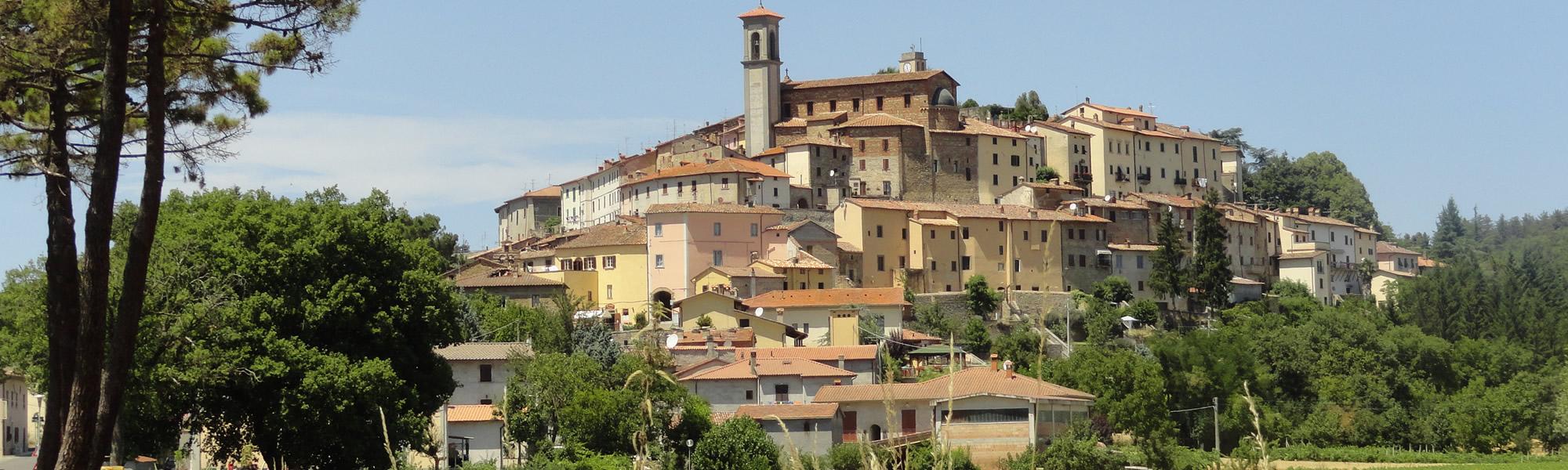 Monterchi in Toscana con vista sulla Valtiberina