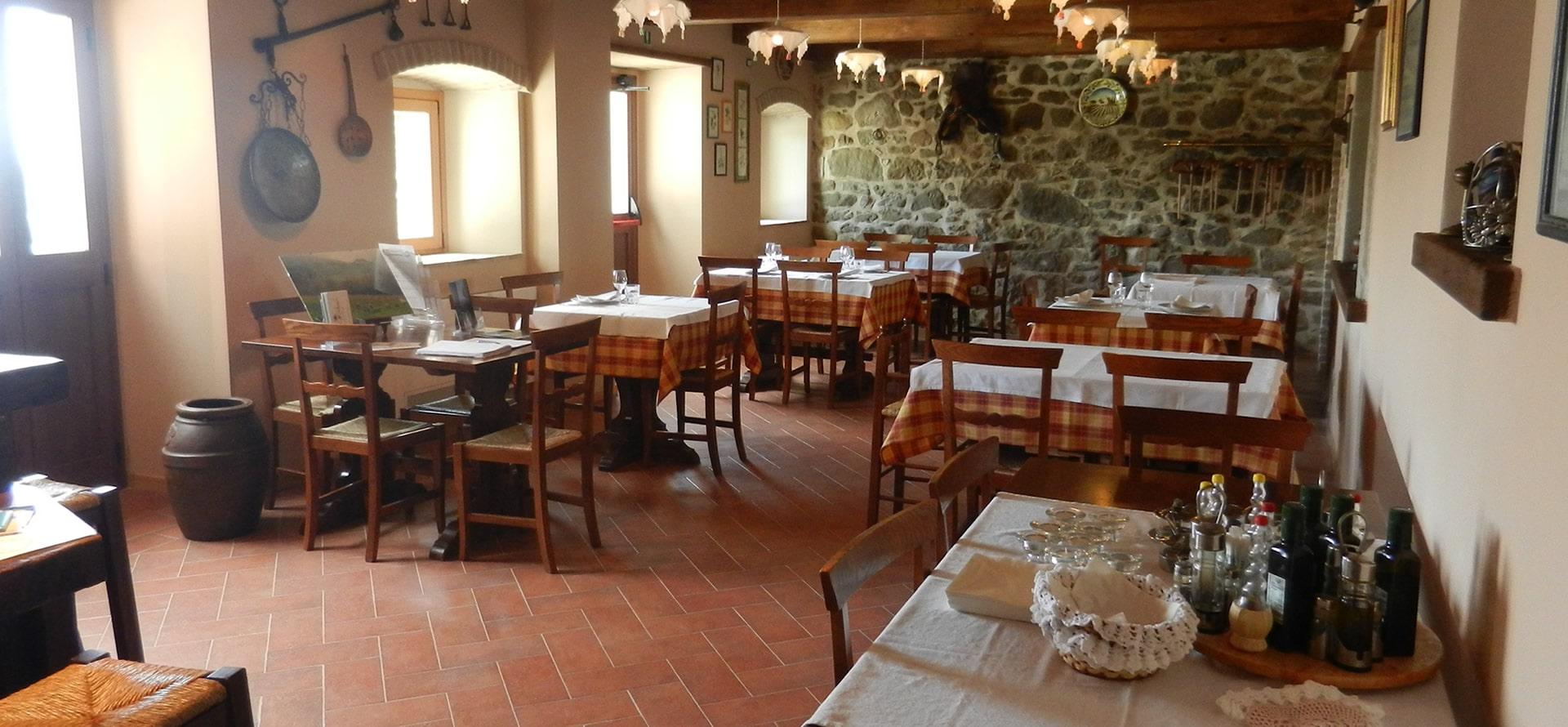 Sala ristorante toscano a Caprese Michelangelo