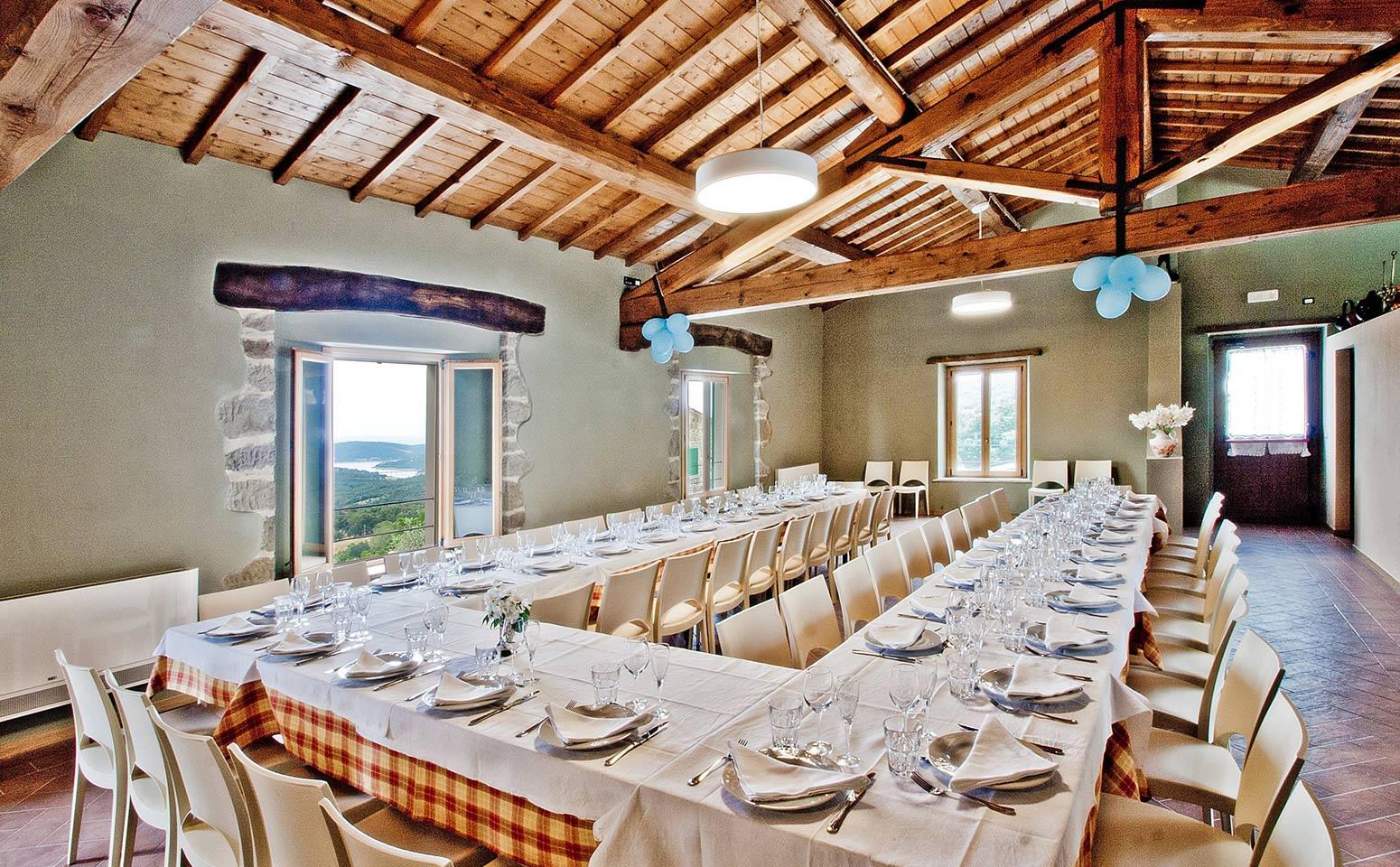 Salone multifunzione in affitto in Toscana