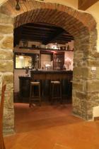 Angolo bar, il bancone è ricavato dai nostri vecchi caratelli per il vinsanto.